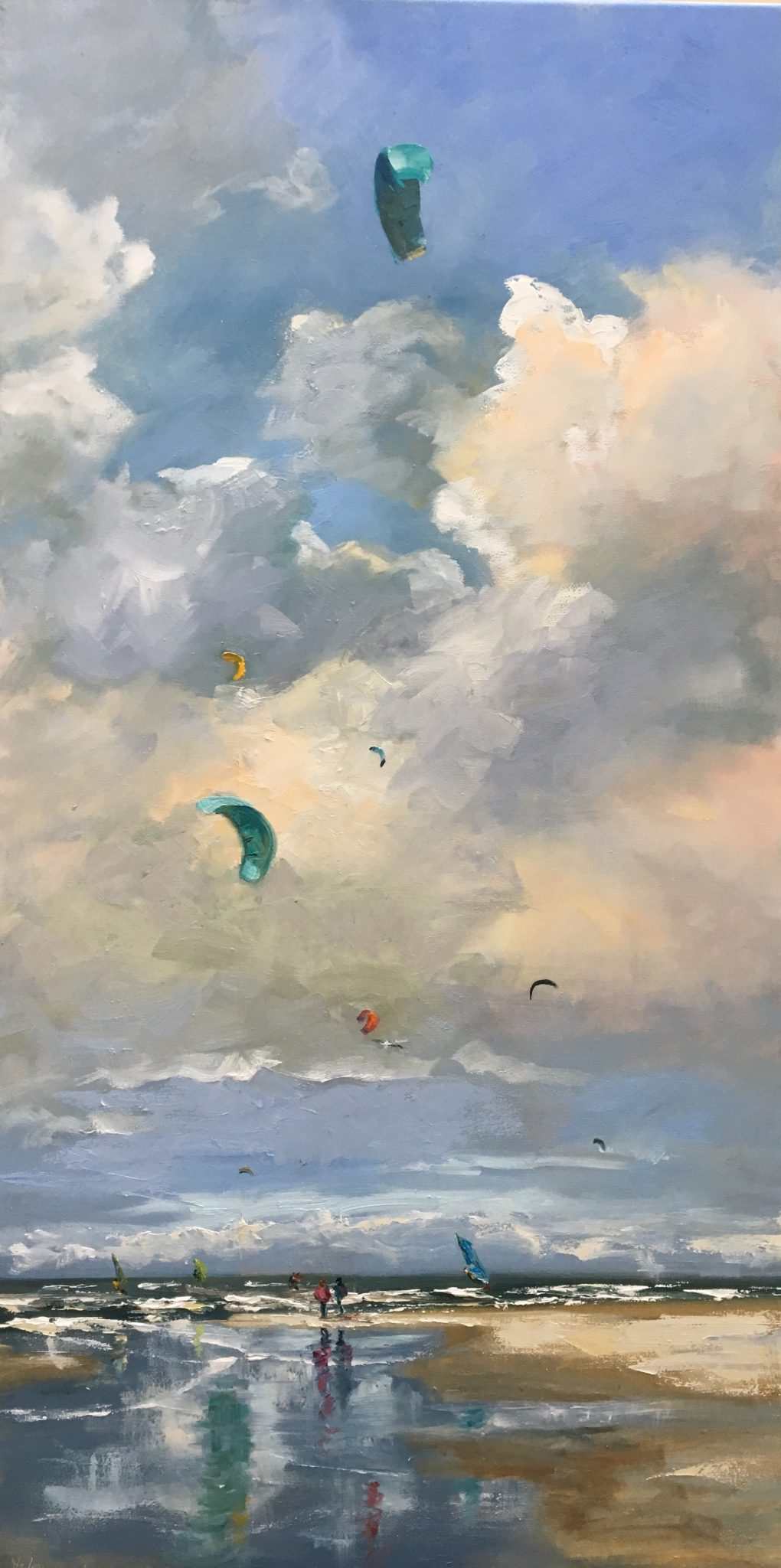 Kiters, surfers, clouds, seascape-zeegezicht-Lynden